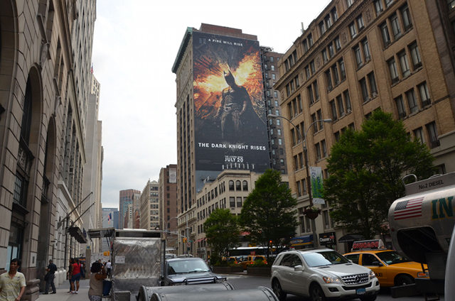 Impressive 150-Foot Tall Dark Knight Rises Mural